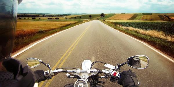 Todo lo que debes revisar de tu moto antes de empezar un viaje