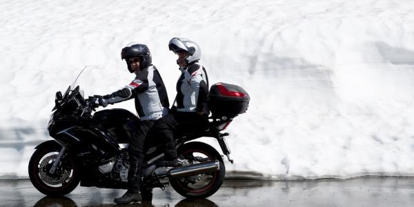 Consejos para ser el mejor pasajero en moto